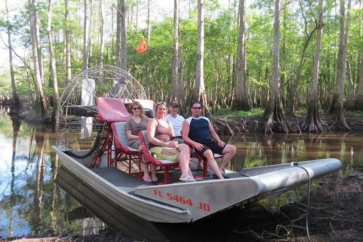 What you should not wear during Airboat rides in Orlando