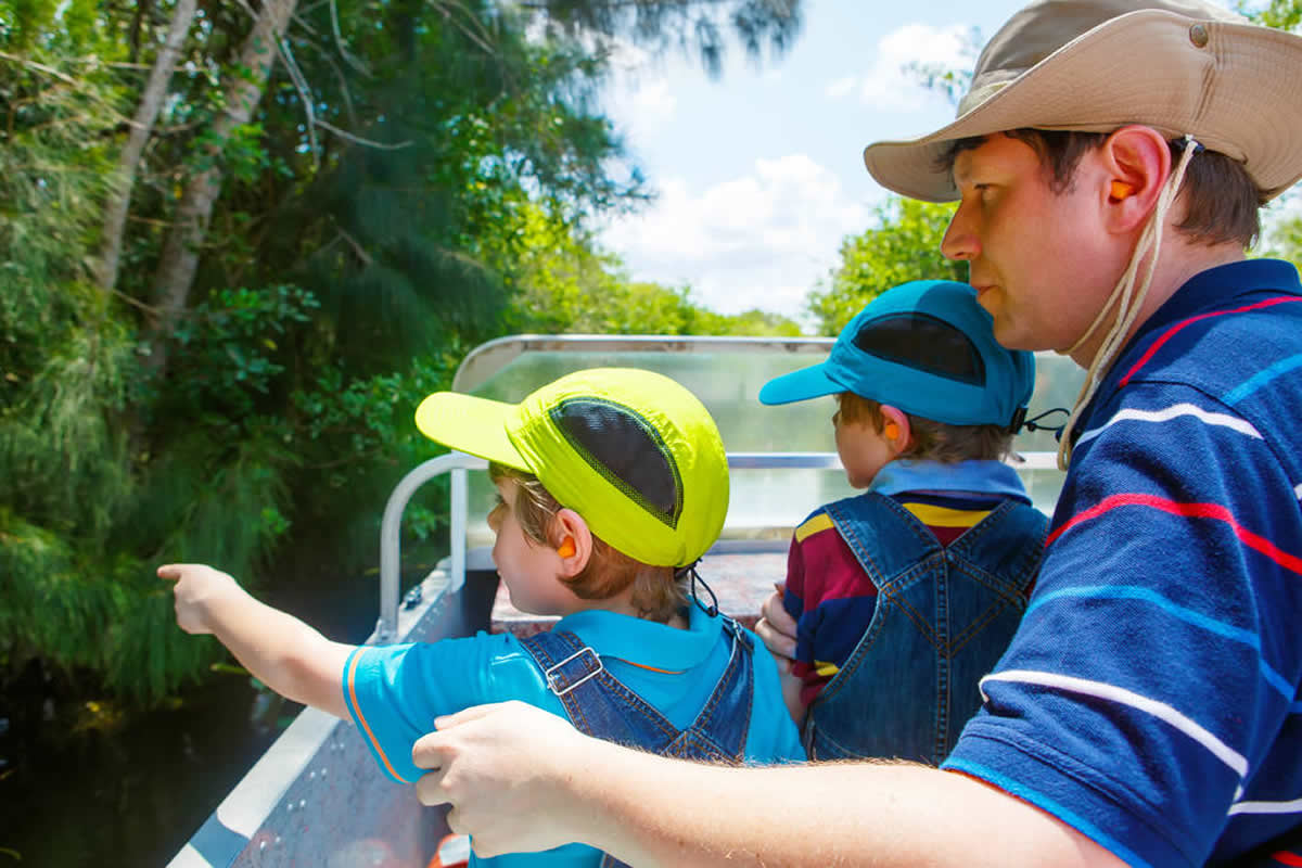 How to Make Family Memories with Your Children on Airboat Tours in Orlando